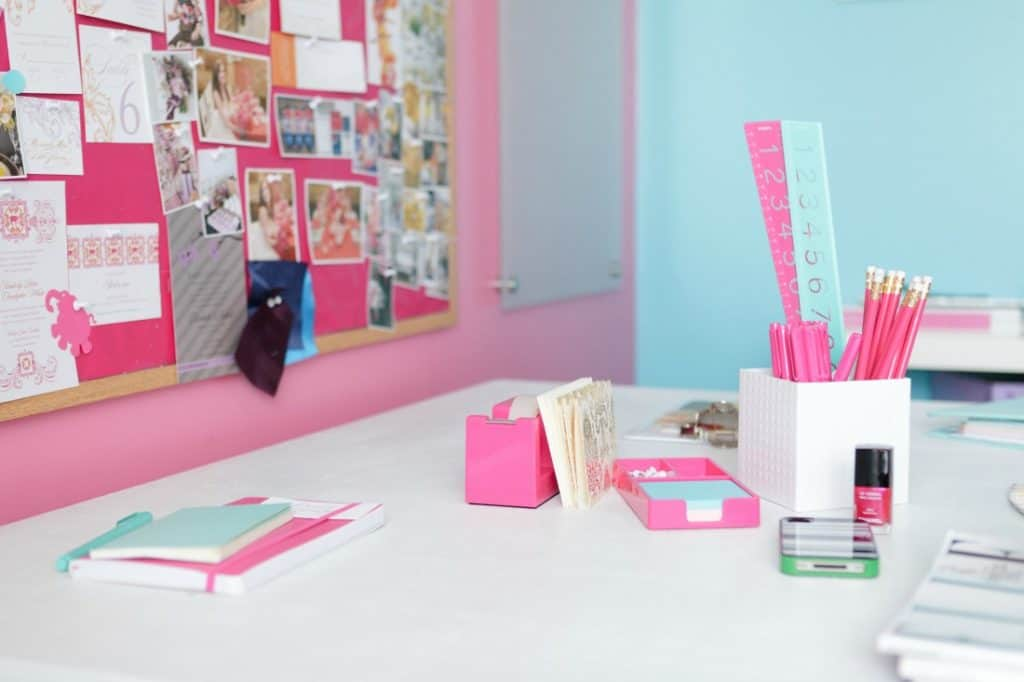 4 Steps to Declutter Your Home or Office