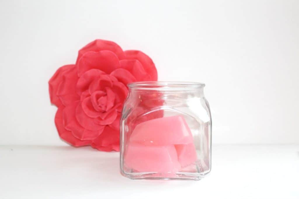 DIY Shower Jellies to Make Your Mornings More Fun
