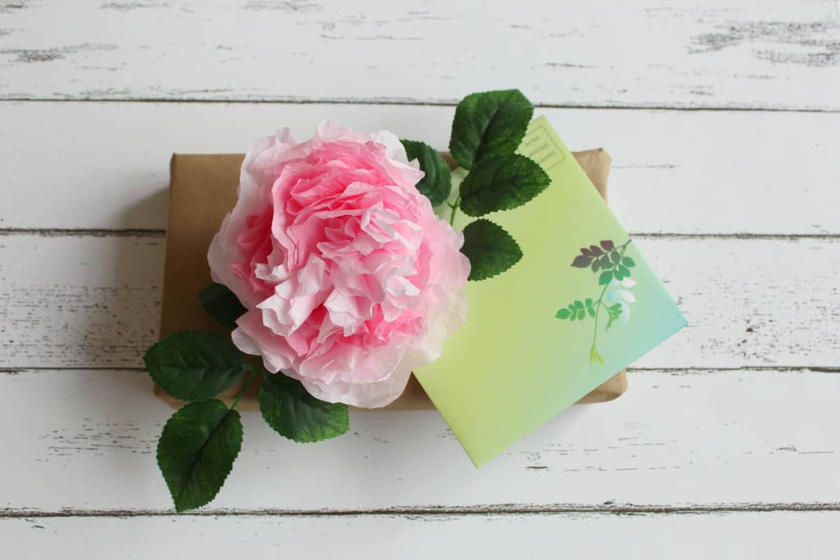 Diy Coffee Filter Flowers To Make Rose Peony Gift Toppers