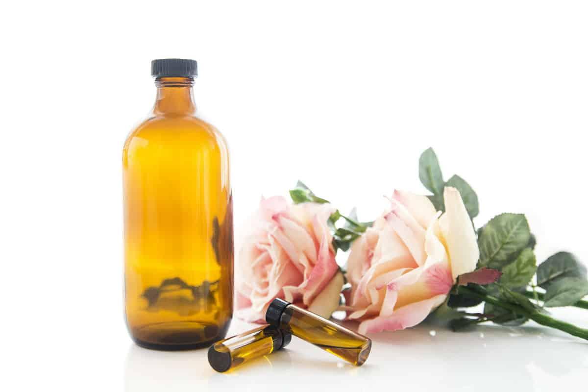 Green beauty, jojoba oil, oil cleaning method