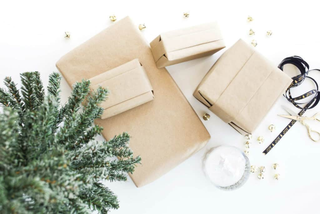 Last Minute DIY Christmas Gifts for Everyone