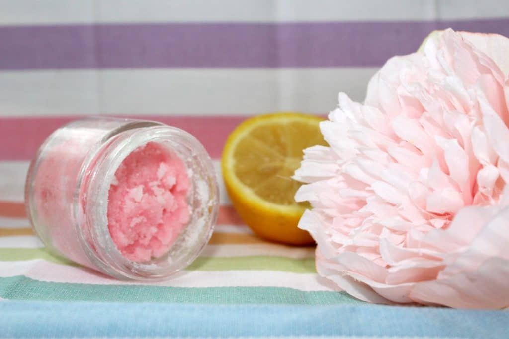 Winter Skin Relief: Simple DIY Hand Scrub