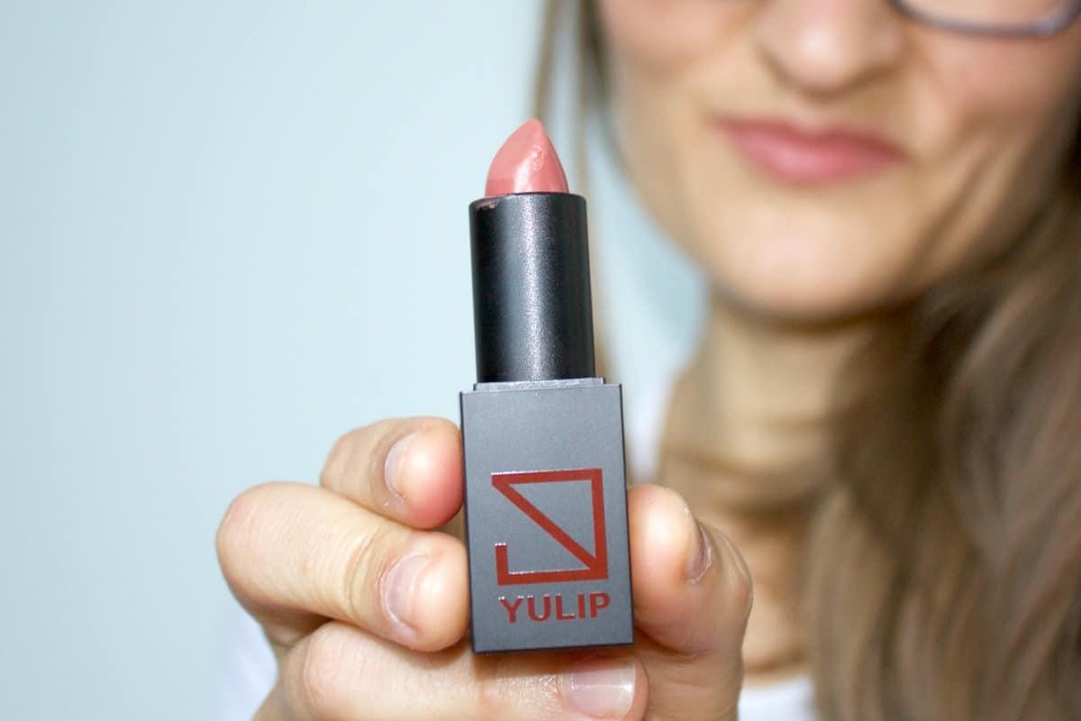 DIY LIp plumping scrub organic lipstick