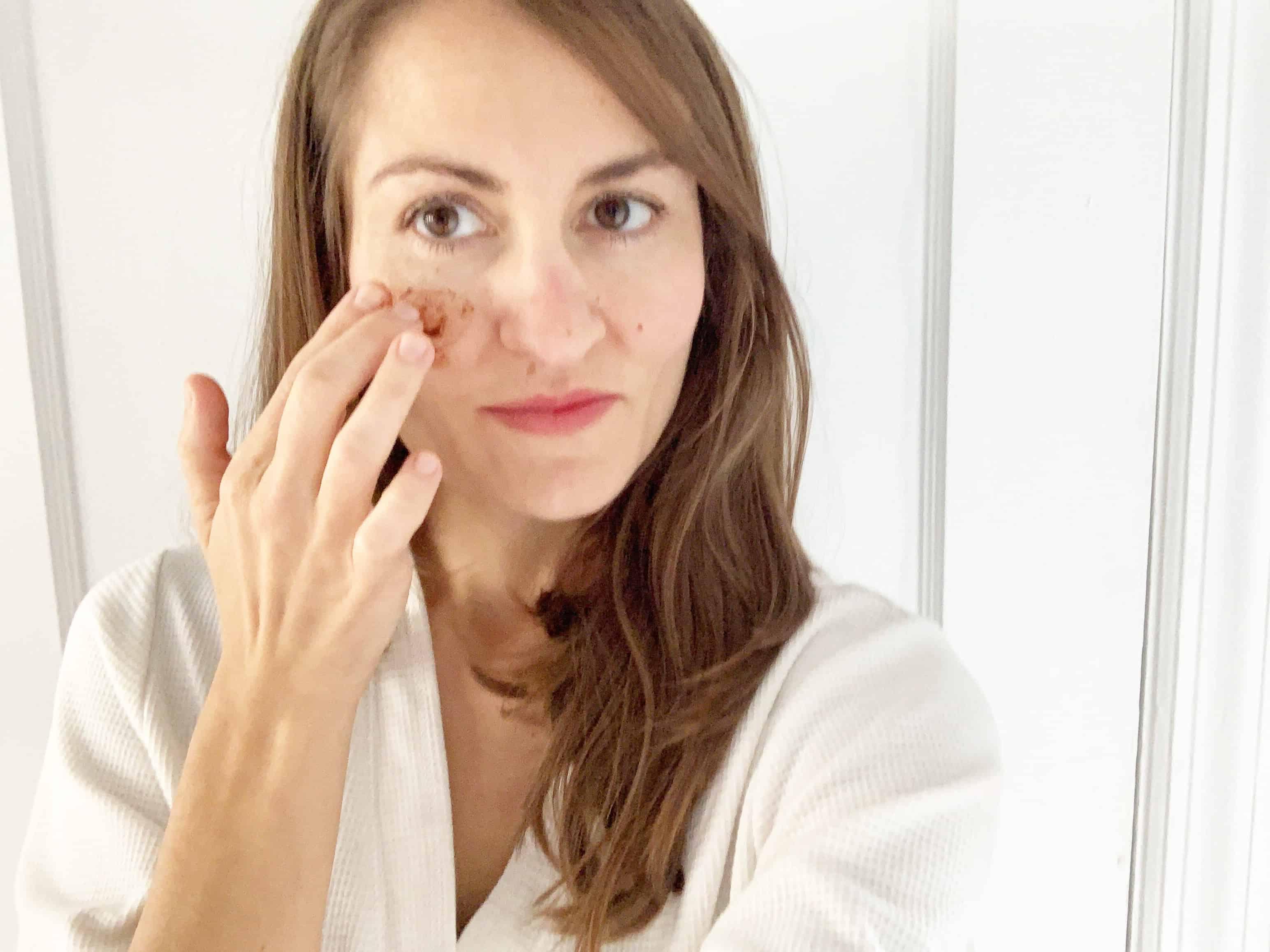 DIY Cinnamon Face Mask | Self Care